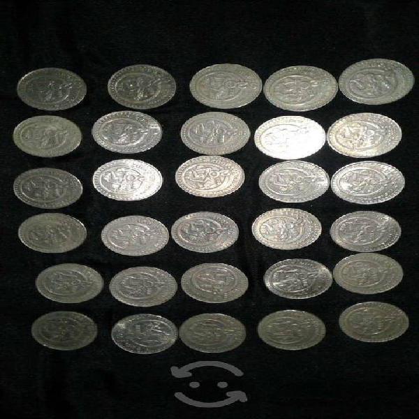 Lote monedas de 20 pesos lote de 30 piezas.