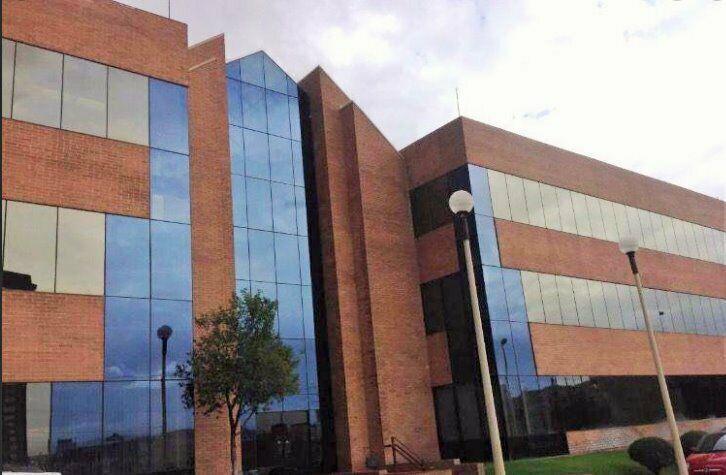 Oficinas en renta edificio vertice zona periferico de la
