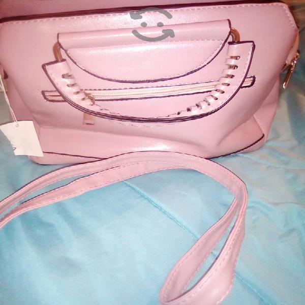 Hermosa bolsa palo de rosa nueva.