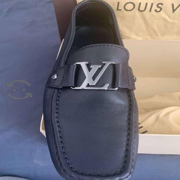 Louis vuitton zapato mocasin negro talla 8