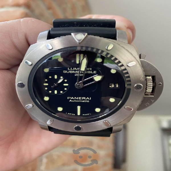 Reloj panerai luminor submersible titanio pam364