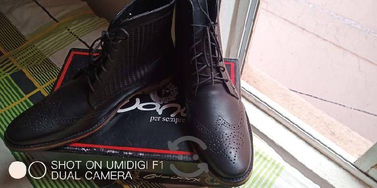 Zapatos de vestir negro
