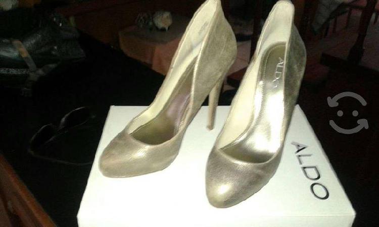 Zapatos nuevos y originales aldo 23