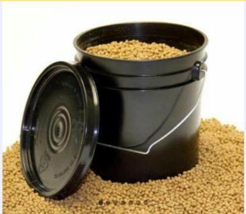 Alimento para peces 8 kgs pellets 5.5 mm y 4 mm
