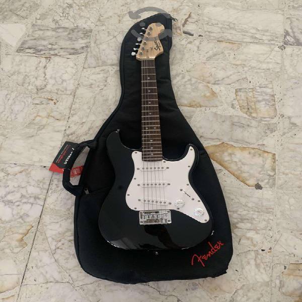 Guitarra eléctrica squier mini by fender