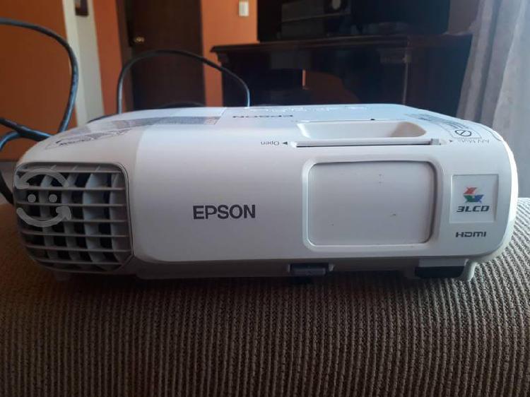 Video proyector epson semi nuevo precio a tratar
