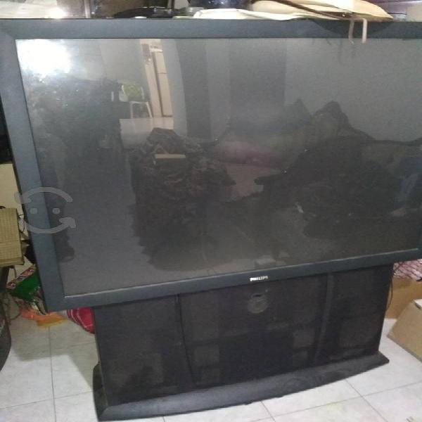 """Tv phillips 50"""" proyección para reparar"""