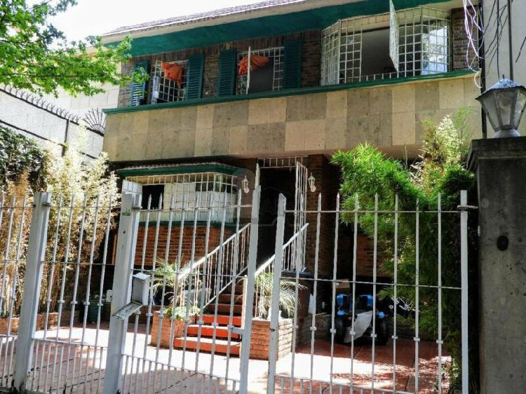 Casa sola en renta en coyoacan en romero de terreros con 3