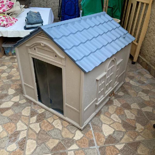 Casa perro grande