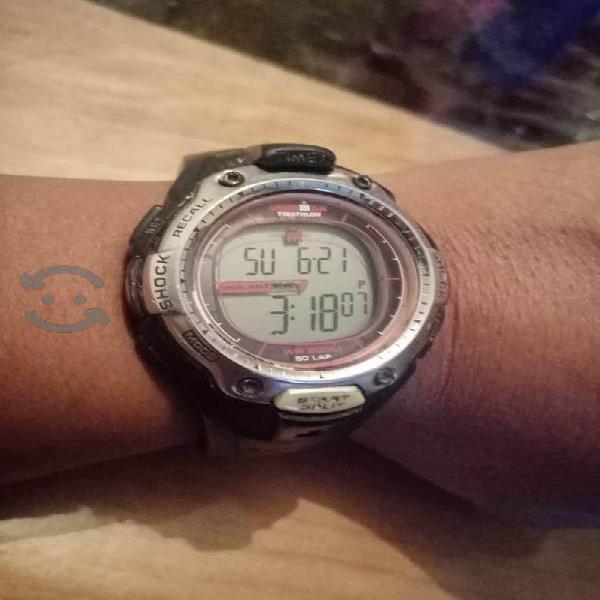 Reloj timex ironman solar bonito modelo