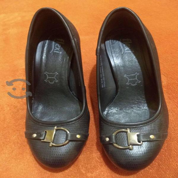 Zapatos de piel flexi mujer 25