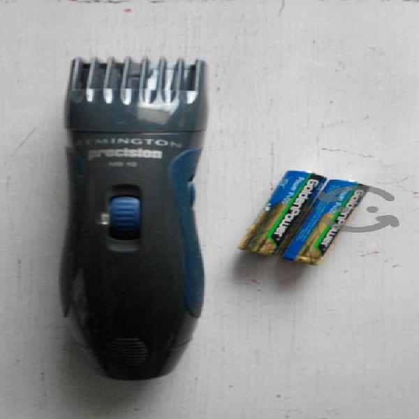 Máquina remington cabello y barba