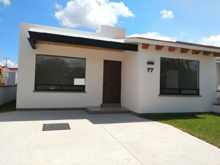 Casa venta en fraccionamiento residencial haciendas de