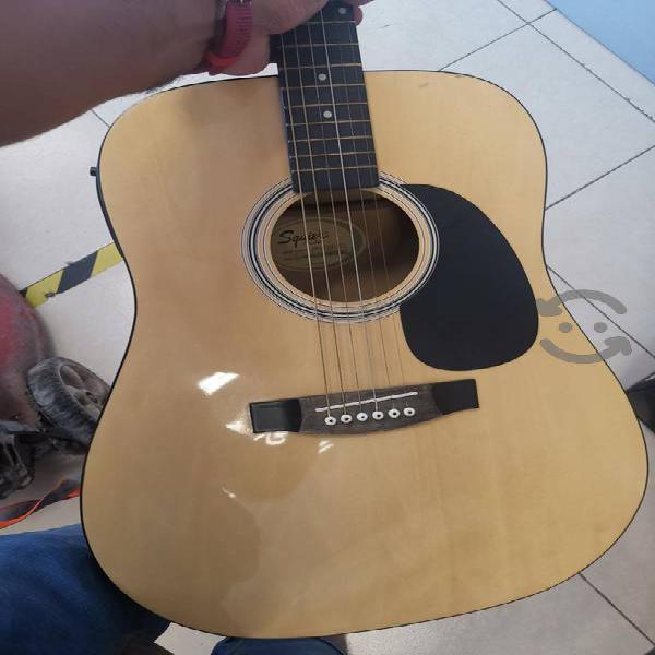 Guitarra electroacustica squier fender tratadita