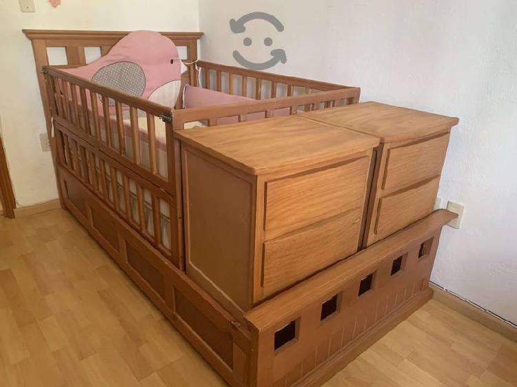 Cama cuna, colchon, y juego de cama de bebe