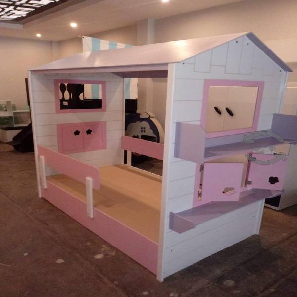 Cama infantil para niña casita