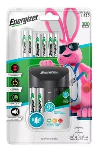 Cargador de bateaacon 4 baterías aa y 4 baterías aaa