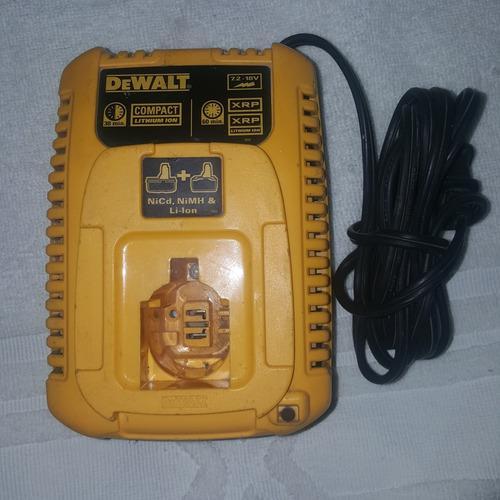 Cargador de baterias pilas dewalt 7.2v - 18v carga rapida