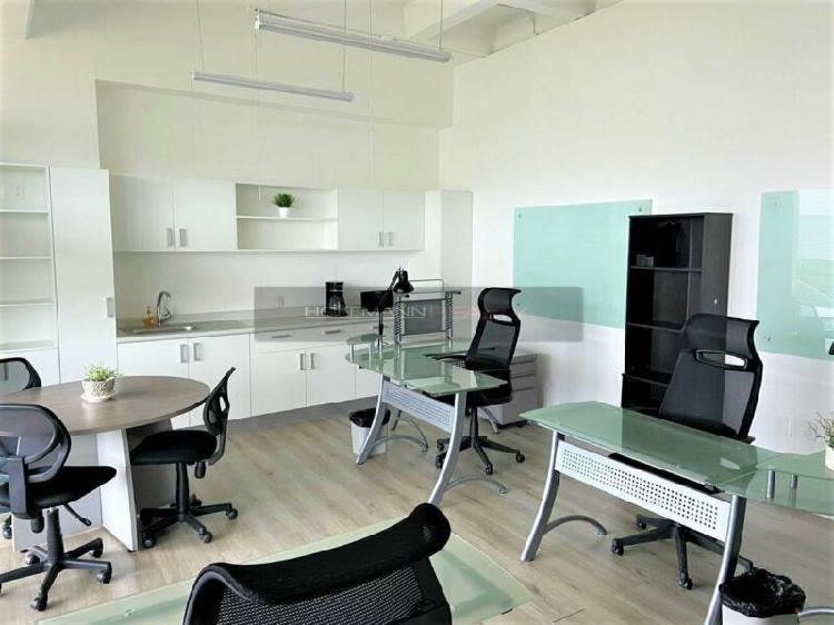 Espectacular oficina equipada y panoramica de 34mts2 ubicada