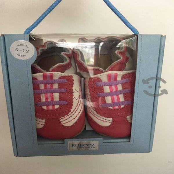 Zapatos de piel para bebé marca robeez 6-12 meses