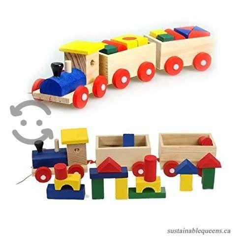 Tren de madera con dos vagones