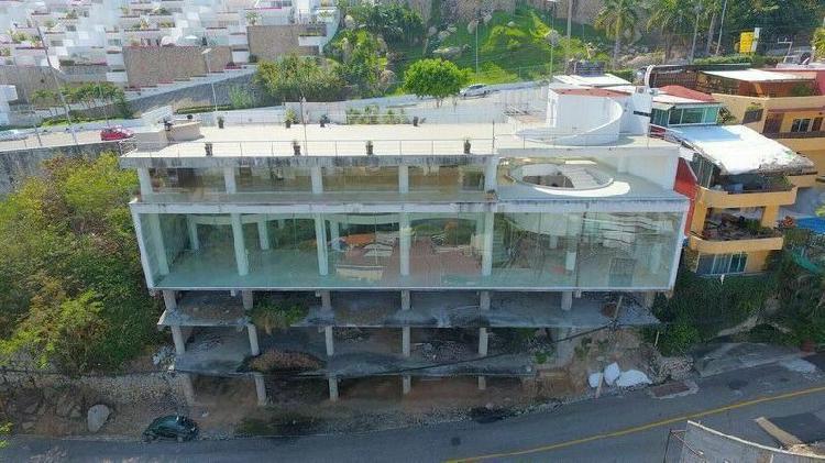 Venta Edificio Comercial en Acapulco Av. Escenica