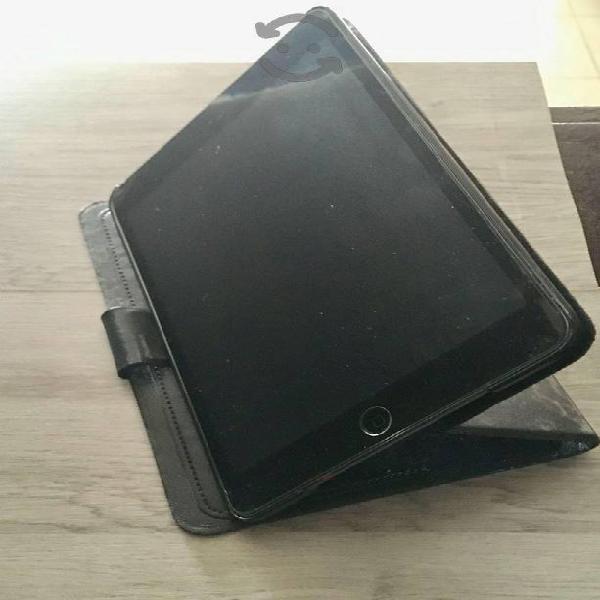 Ipad mini primera generación, color gris obscuro