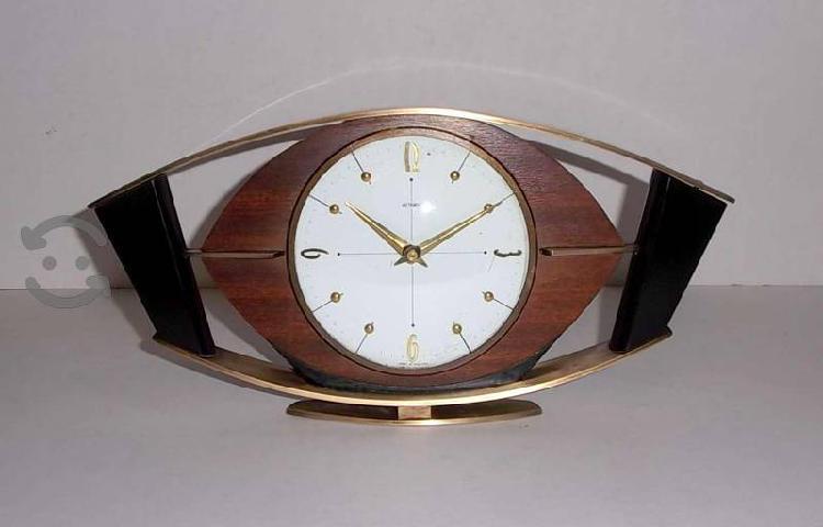 Antiguo reloj metamec de inglaterra años 60s