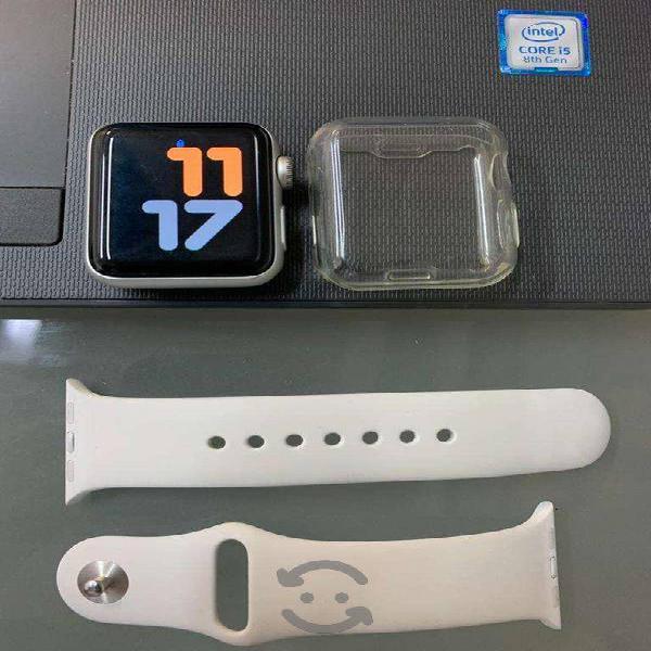 Apple watch serie 3, 38 mm