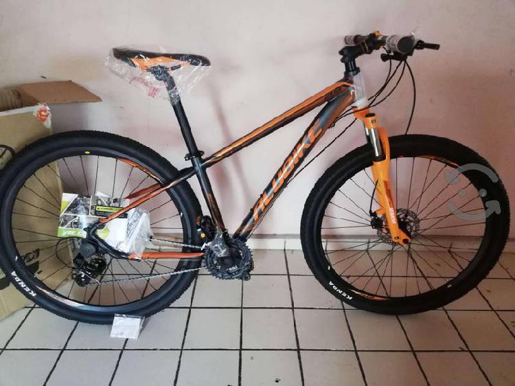 Bicicleta de montaña 29 alubike