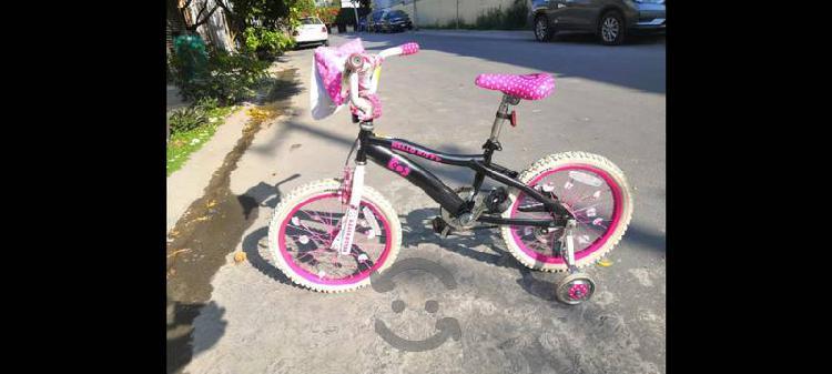 Bicicleta para niña hello kitty muy bonita!