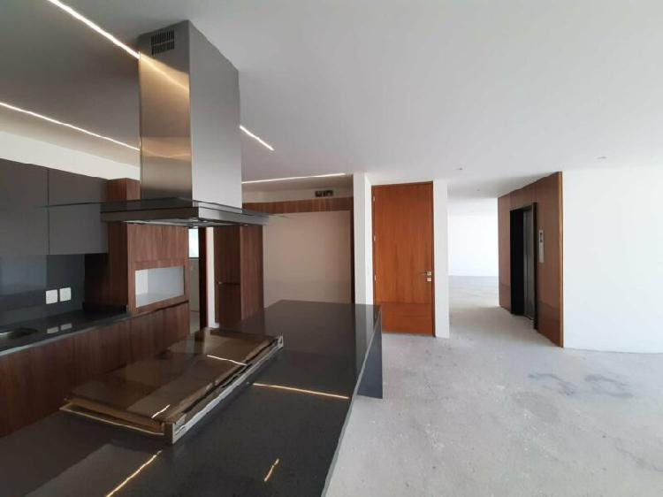 Exclusivo pent house con terraza y roof privado de casi 300