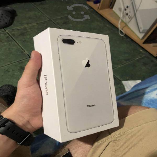IPhone 8 Plus white