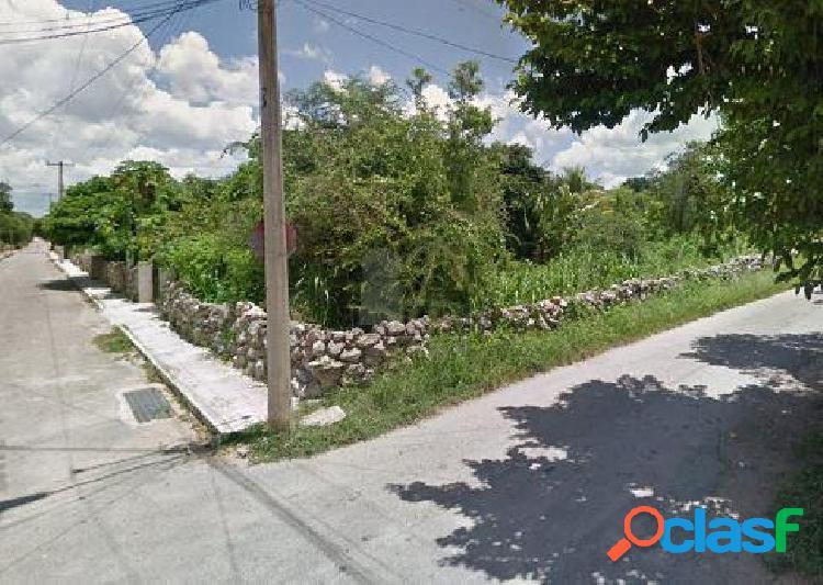 Terreno en renta sitpatch, yucatan, uso de suelo mixto, 1771m2 en esquina