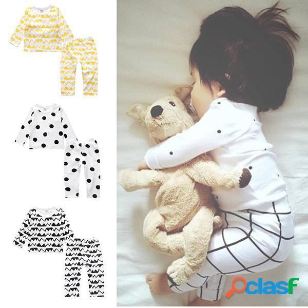 Conjunto de pijama de algodón unisex impreso para niños soft conjunto de ropa de dormir para 0-36 meses