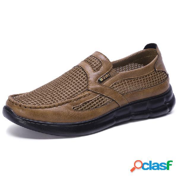 Resbalón respirable de empalme de tela de malla para hombres en zapatos casuales de gran tamaño