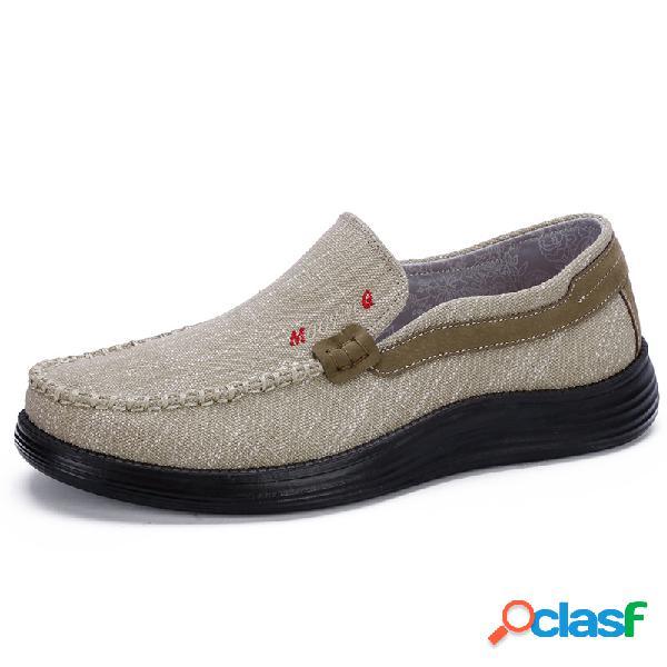 Deslizamiento de costuras a mano de tela vieja de pekín para hombres en zapatos casuales de gran tamaño