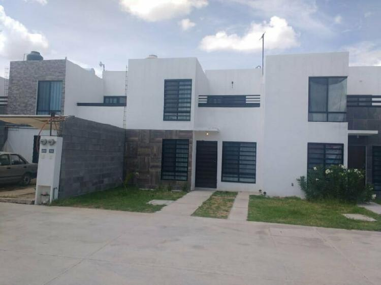 Casa en renta amueblada en zona industrial fraccionamiento