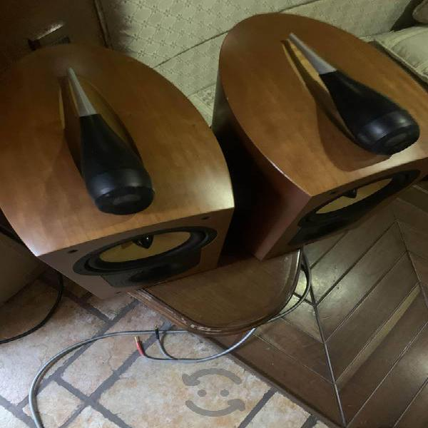 Hi end bafles bowers and wilkins b&w excelentes