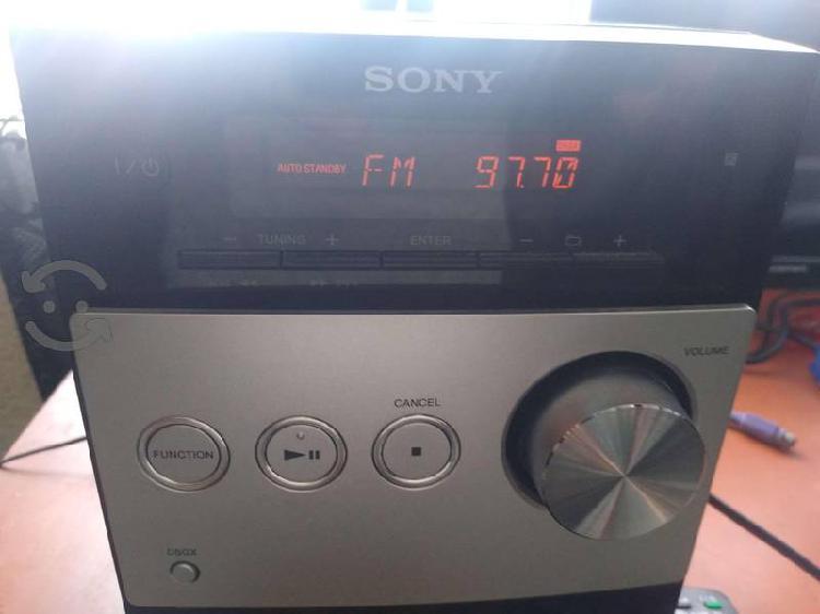 Minicomponente sony cmt-fx300i, prende y todo