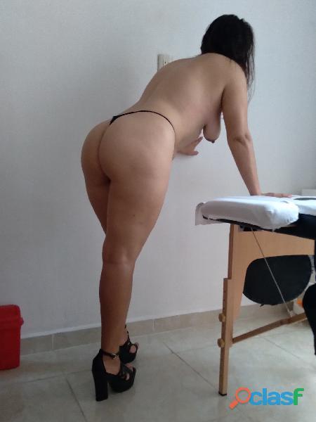 Sexy chica masajista independiente. 100% mujer.
