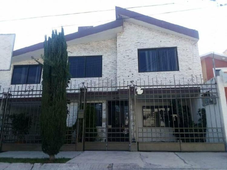 Casa en venta en valle de san javier, en privada con 5
