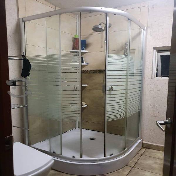 Cabina para baño 1 x 1 metro