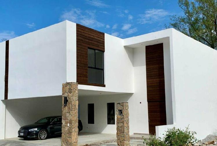 Casa en venta en carretera nacional cumbres de santiago –