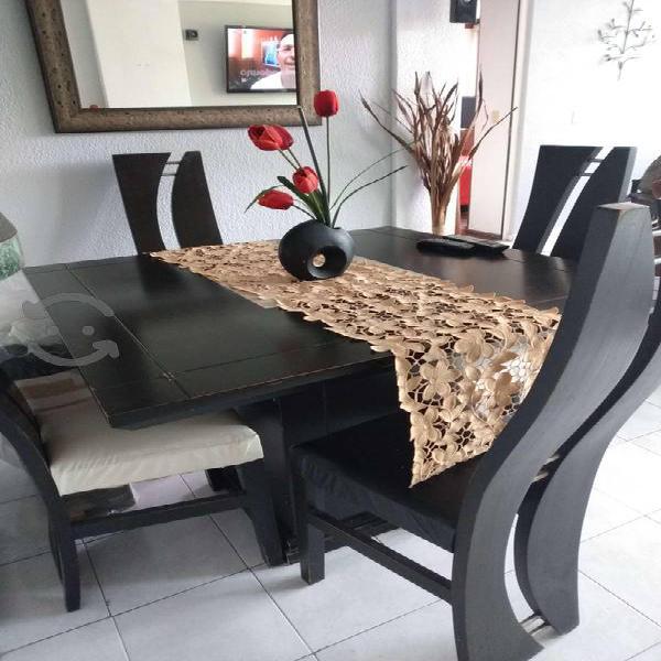 Comedor 4 sillas color chocolate