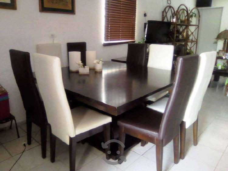 Comedor color chocolate de 8 sillas