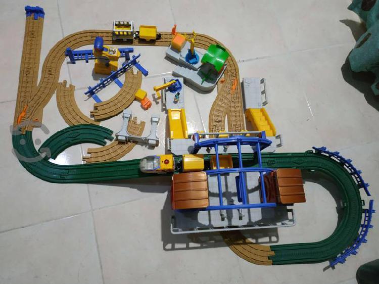 Fisher price geo trax central station y aeropuerto