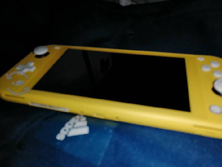 Nintendo lite amarillo