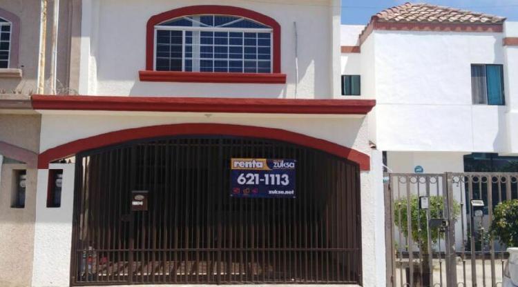 Amplia casa en renta 2 recamaras mas estudio, playas de