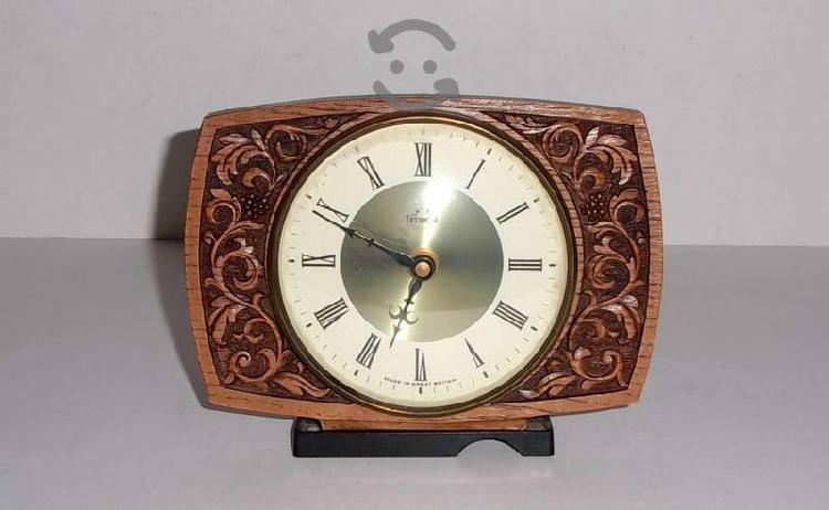 Antiguo reloj smiths electromecánico 60s funciona